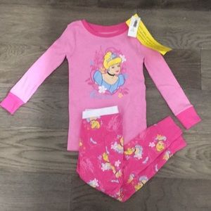 Old Navy Disney Cinderella 2 piece pajamas, 2T